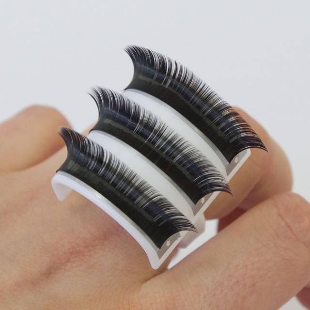 http://www.eyelashemporium.com